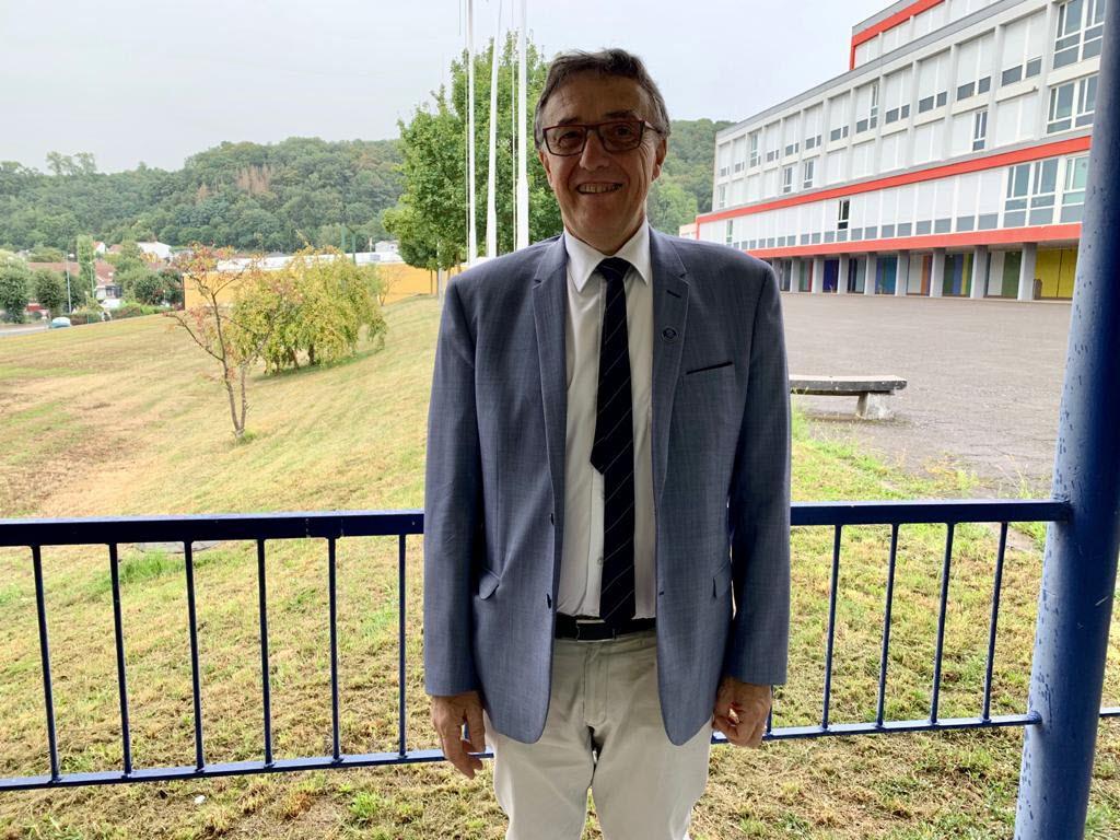 Lycée Charles-Jully : le proviseur Daniel Furlan prend sa retraite RL en  ligne 29/08/2020 – lycee-charles-jully
